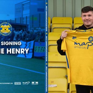 Shane Henry Signs for the Anchors