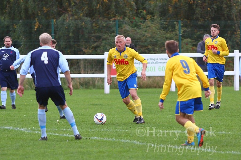 Forward Tony Johnson looking to link up with Ben Priestley in our recent home game with Jarrow FC.
