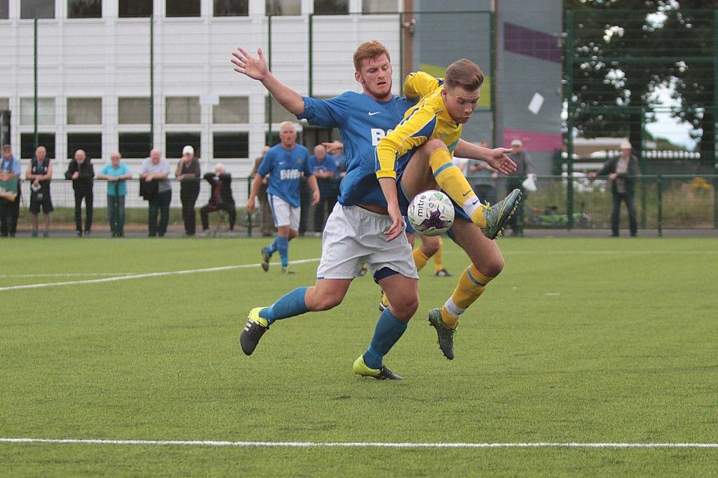Centre Forward Kallum Hannah was at the heart of the 1st half action when setting up Joe Carter for our first goal and then scoring the second.